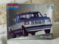 MONOGRAM Ford F 250 Truck Model Kit Skill 2 Unbuilt
